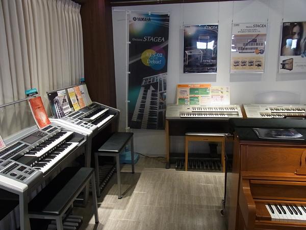 1F エレクトーン展示スペース